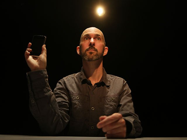 Jason Compton in  The Agony and the Ecstasy of Steve Job  s . Photo by Benjamin Barlow.