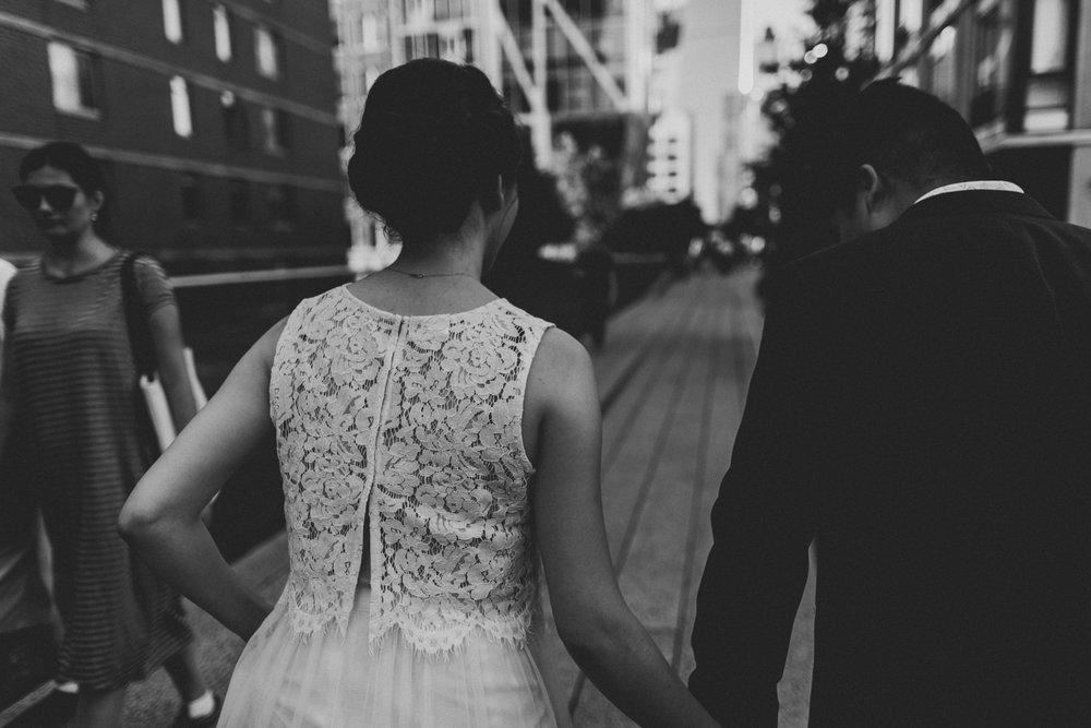 nyc-wedding-photographer-highline-engagement-session-43.jpg