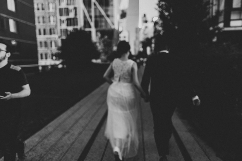 nyc-wedding-photographer-highline-engagement-session-44.jpg