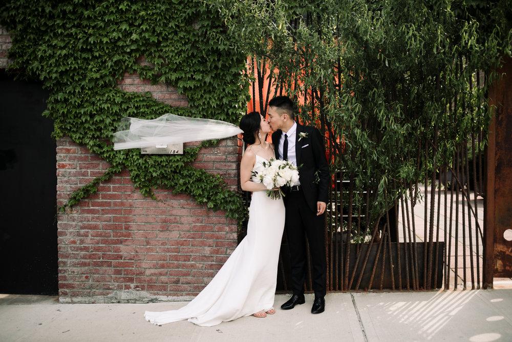 Brooklyn-winery-wedding-photographer-11.jpg