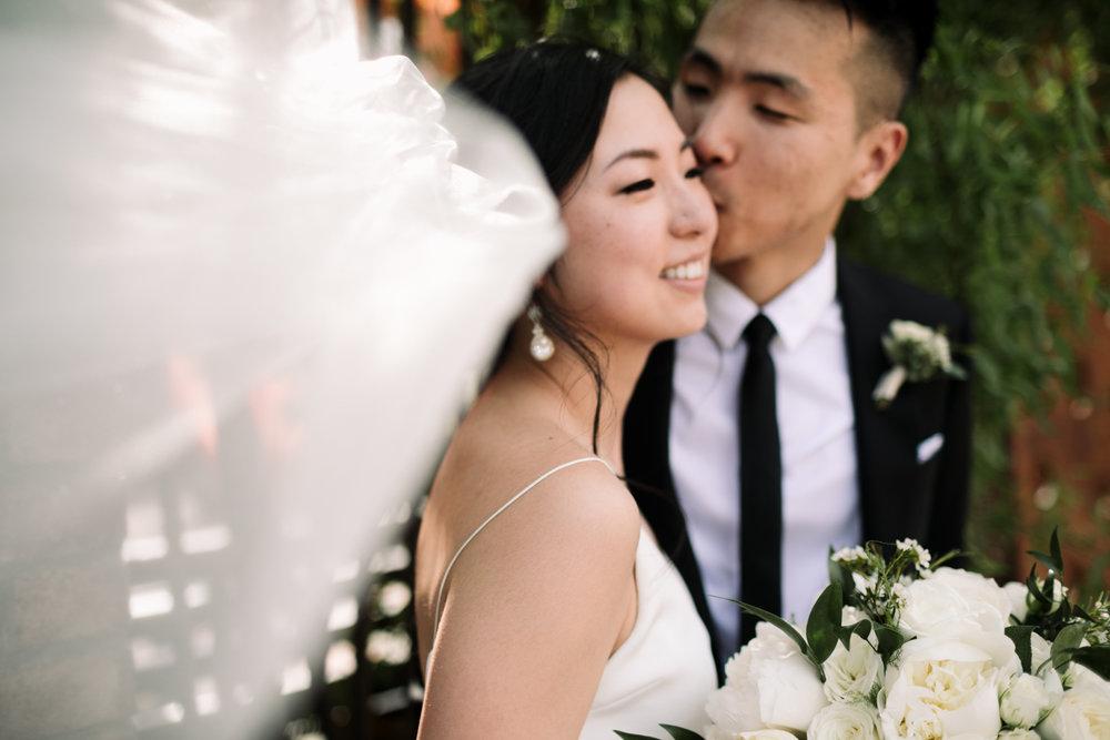 Brooklyn-winery-wedding-photographer-14.jpg