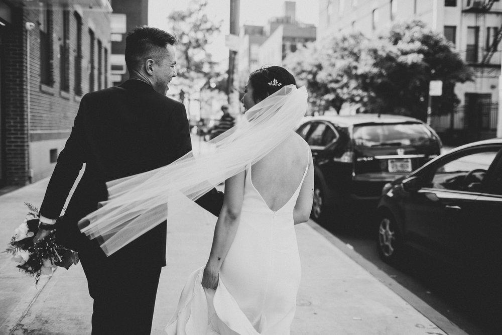 Brooklyn-winery-wedding-photographer-23.jpg