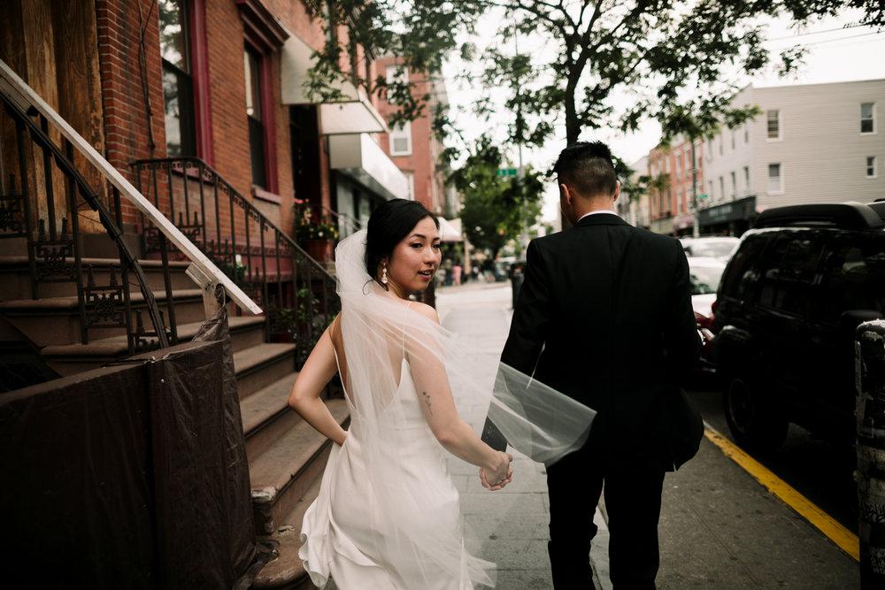 Brooklyn-winery-wedding-photographer-30.jpg