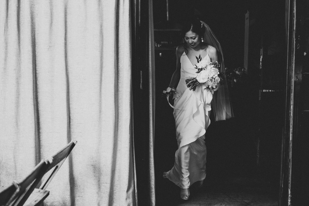 Brooklyn-winery-wedding-photographer-37.jpg