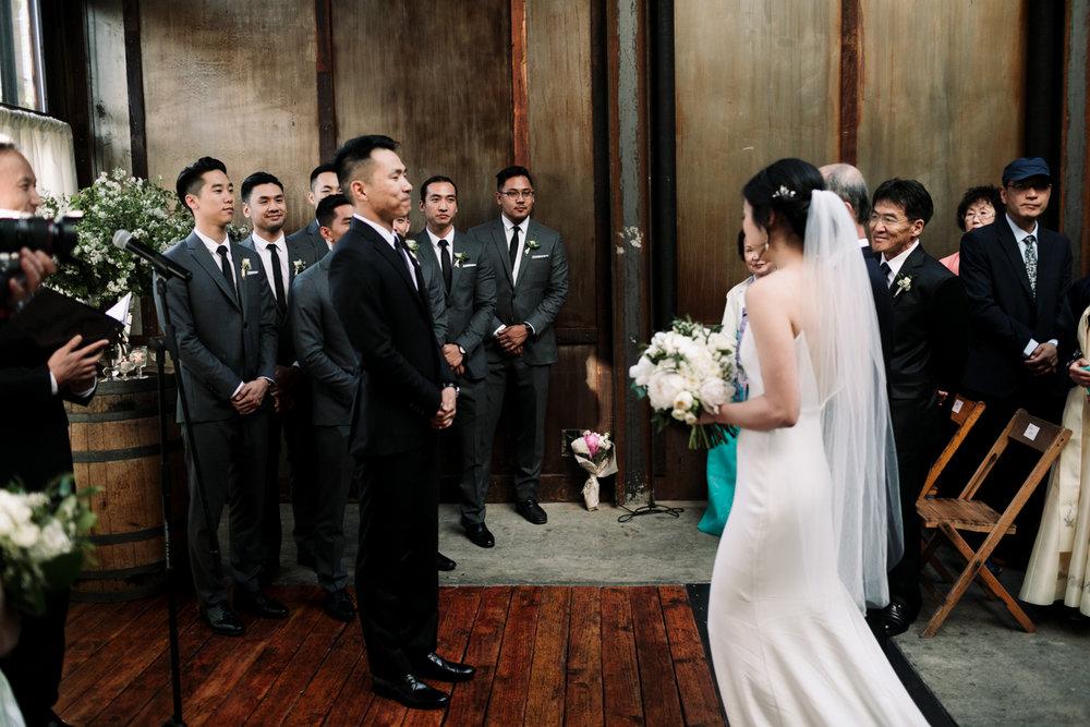 Brooklyn-winery-wedding-photographer-63.jpg