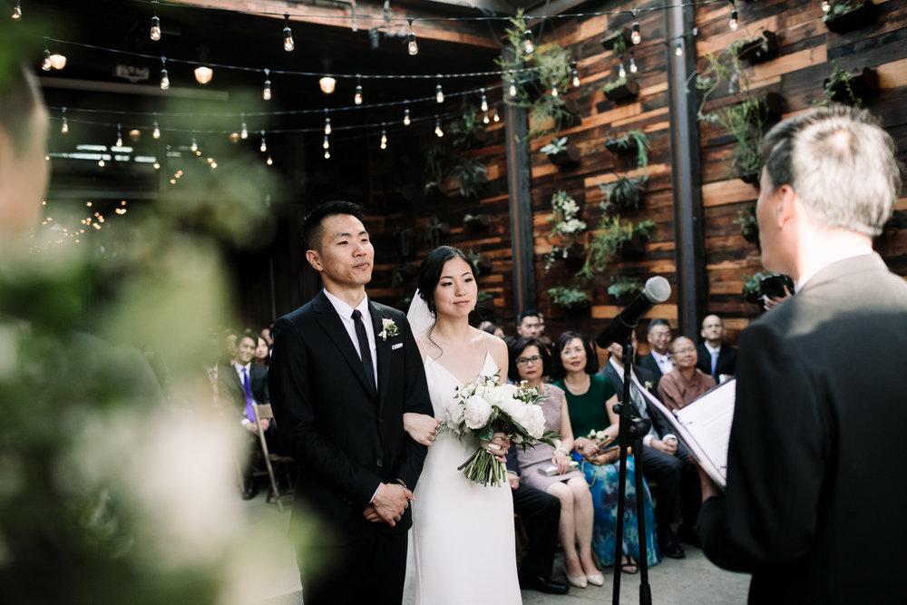 Brooklyn-winery-wedding-photographer-71.jpg
