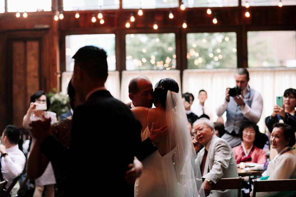 Brooklyn-winery-wedding-photographer-117.jpg