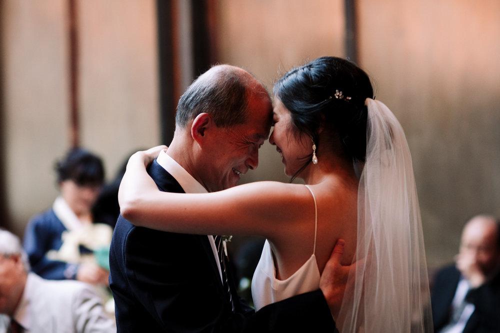 Brooklyn-winery-wedding-photographer-118.jpg