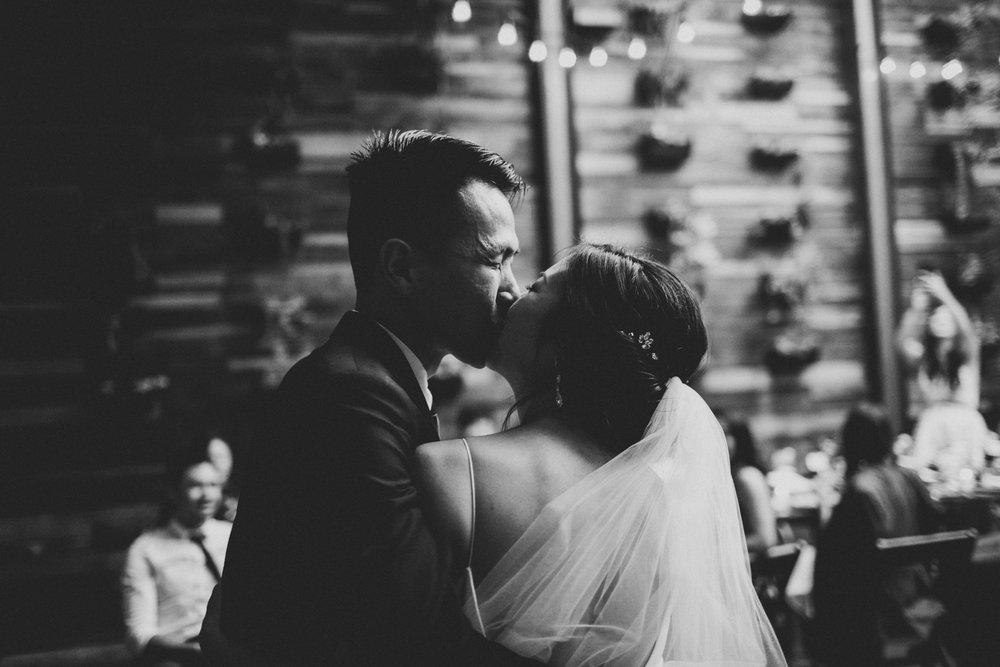 Brooklyn-winery-wedding-photographer-119.jpg