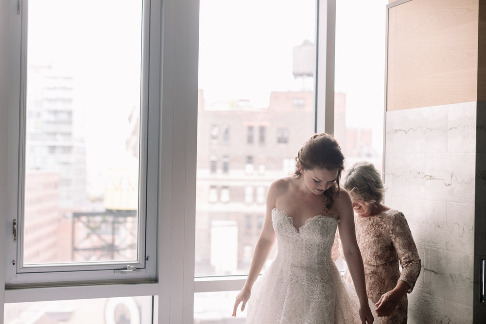 NYC-Wedding-Photographer-Washington-sq-park-07.jpg