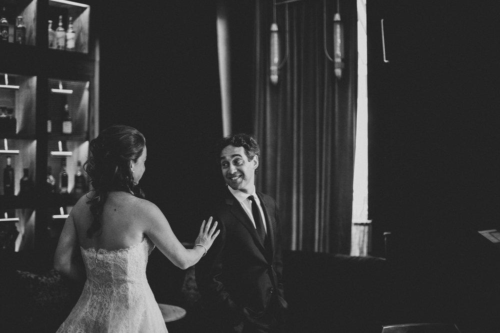 NYC-Wedding-Photographer-Washington-sq-park-09.jpg