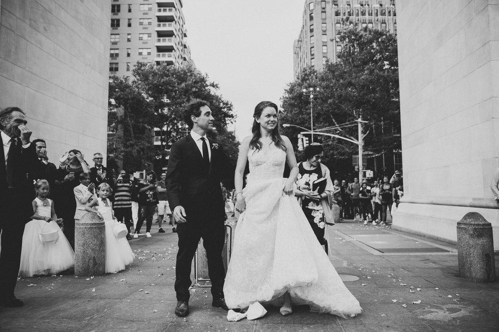 NYC-Wedding-Photographer-Washington-sq-park-67.jpg
