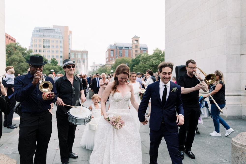 NYC-Wedding-Photographer-Washington-sq-park-70.jpg