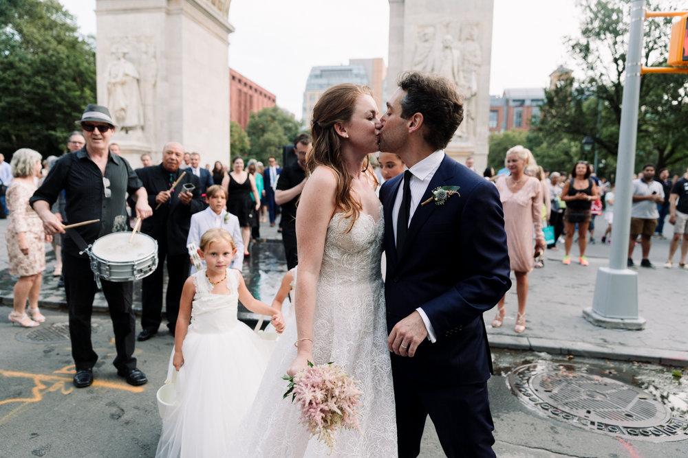 NYC-Wedding-Photographer-Washington-sq-park-71.jpg