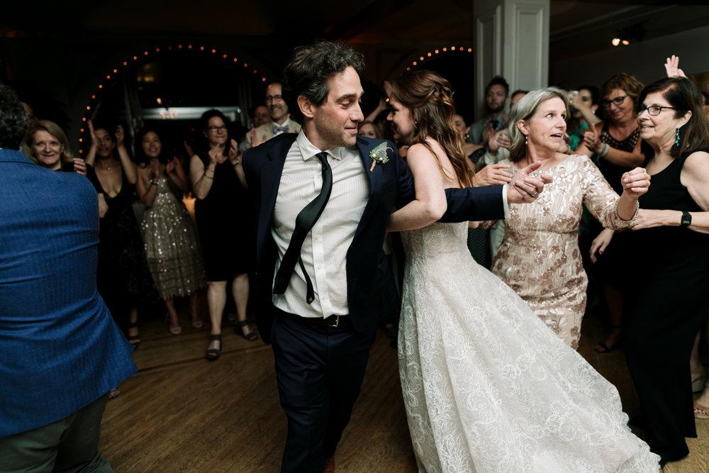 NYC-Wedding-Photographer-Washington-sq-park-119.jpg