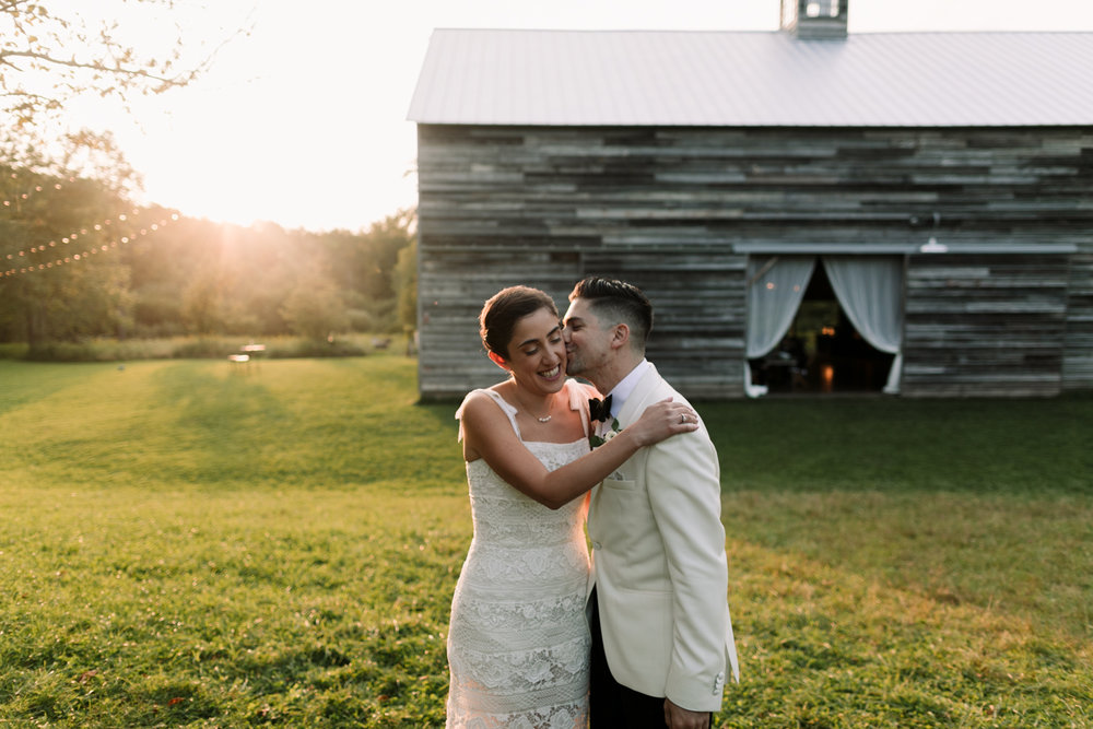 Handsome-Hollow-Catskills-wedding-photographer-114.jpg