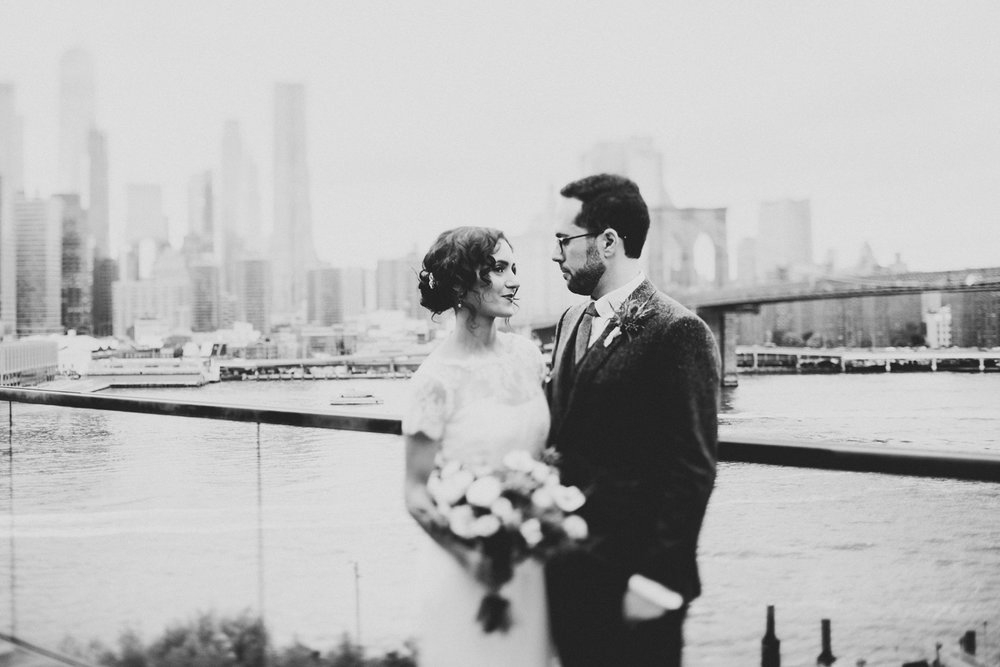 Brooklyn-Heights-Promenade-Friends-of-farmer-wedding- 23.jpg