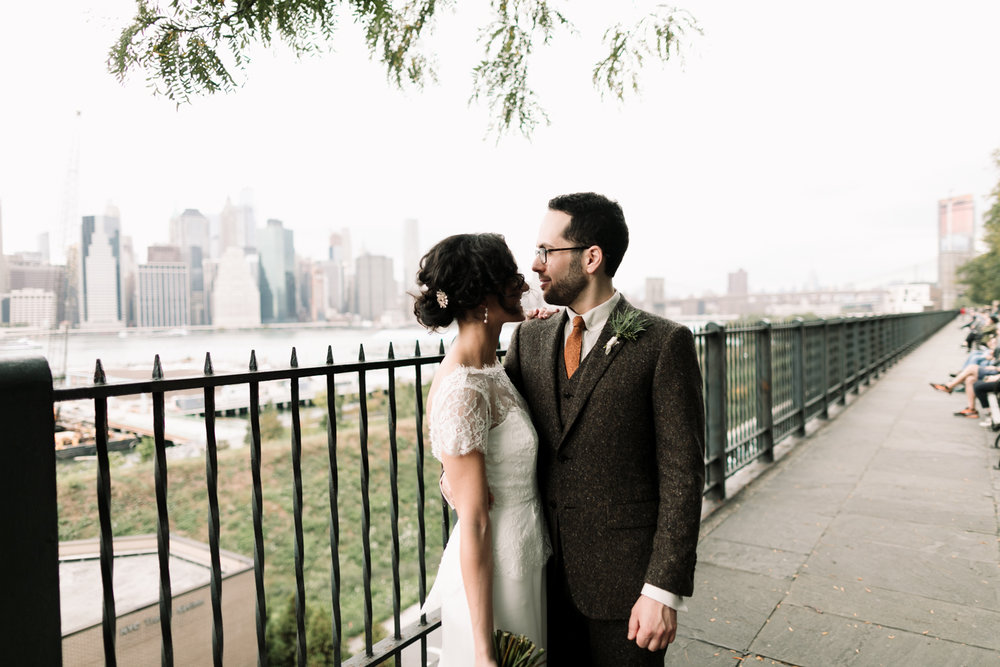Brooklyn-Heights-Promenade-Friends-of-farmer-wedding- 43.jpg