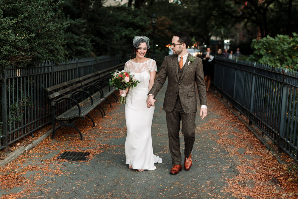 Brooklyn-Heights-Promenade-Friends-of-farmer-wedding- 55.jpg
