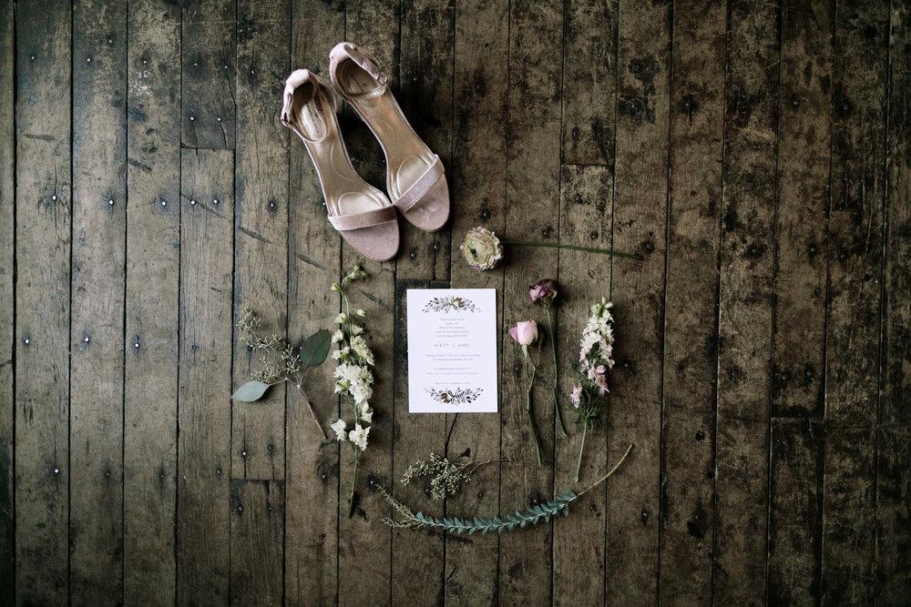 dreamy-moody-wedding-greenpoint-loft-02.jpg