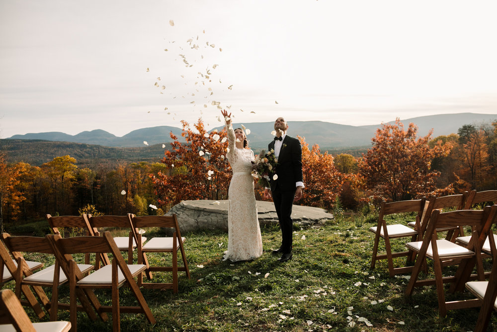 Deer-Mountain-Inn-caktsill-wedding-photographer-71.jpg