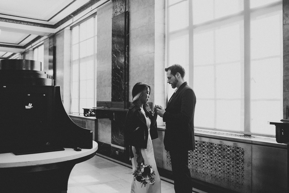 elopement-nyc-cityhall-wedding-06.jpg