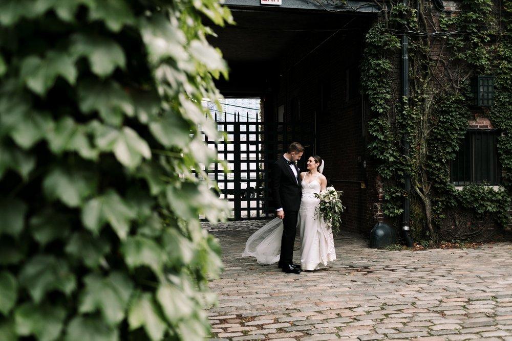 The-Foundry-HIpster-stylish-modern-wedding-41.jpg