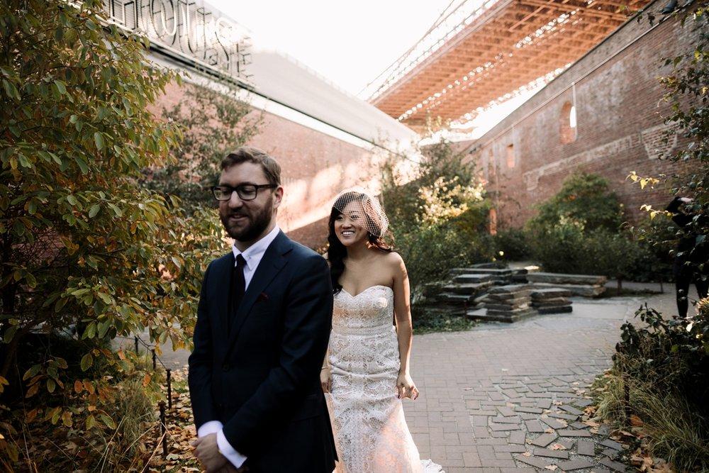 Smack-Mellon-Dumbo-loft-wedding-09.jpg