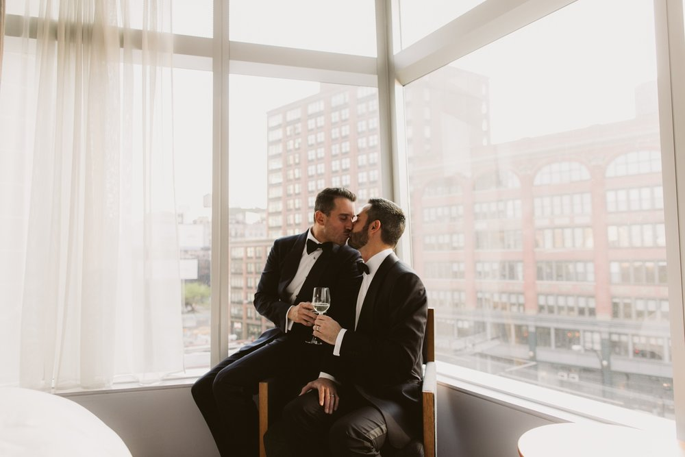Standard-hotel-gay-elopement-17.jpg