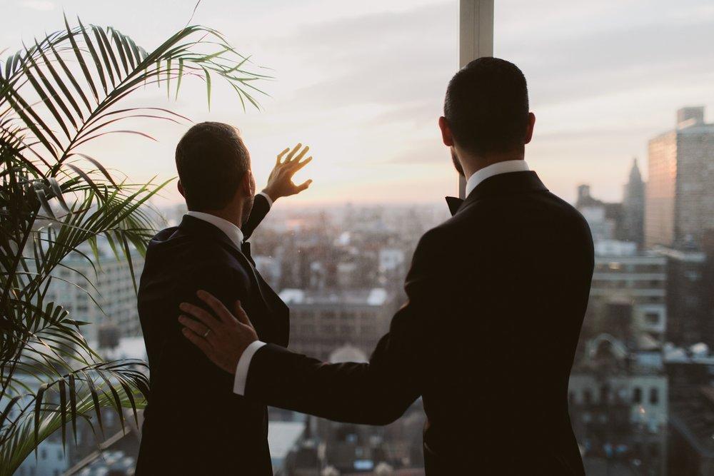 Standard-hotel-gay-elopement-36.jpg