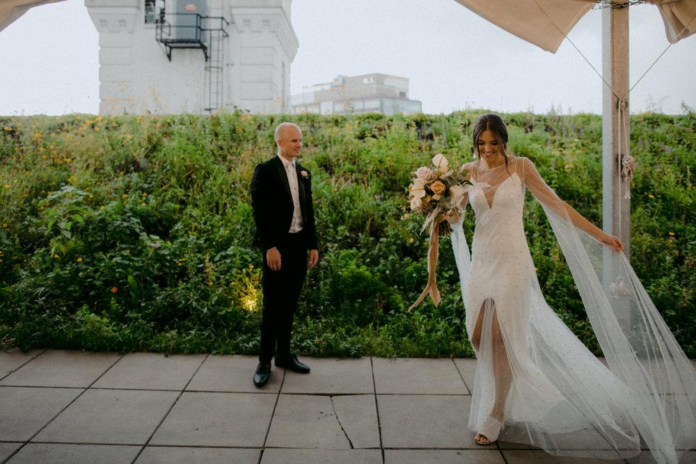 stylish-hipster-Brooklyn-Grange-wedding-27.jpg