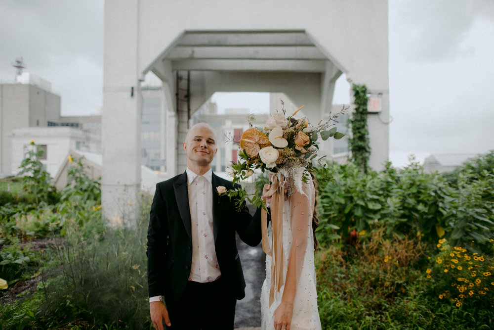 stylish-hipster-Brooklyn-Grange-wedding-28.jpg