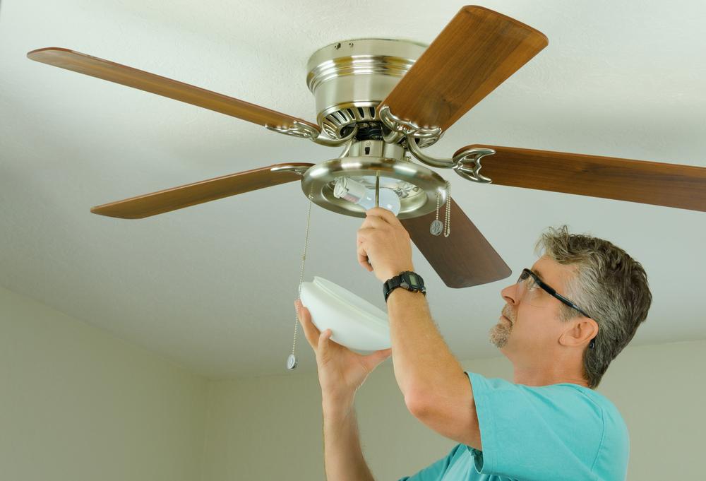 Ceiling fan, Norman electrician, how to fix a broken ceiling fan
