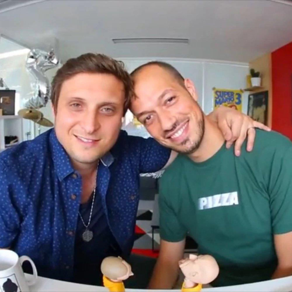 McFly & Carlito, 2mil.jpg