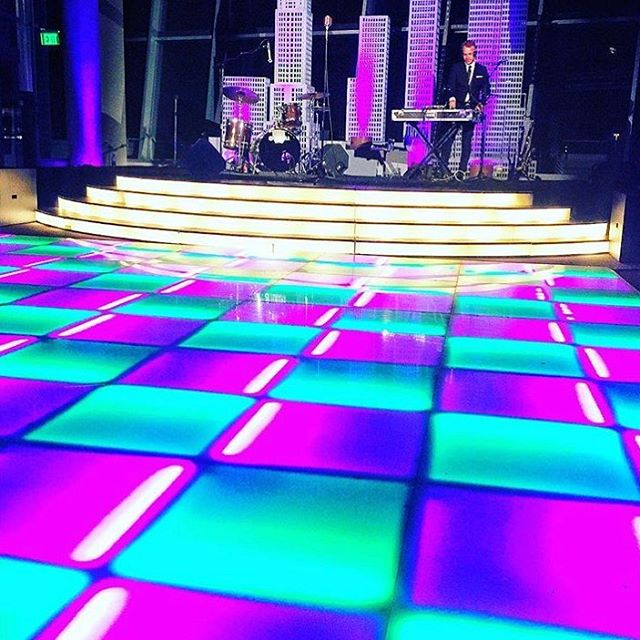 We loved collaborating with @globalgourmetcatering to create one of the dopest parties of the year!  Thanks for letting Gatsby be a part of it. #leddancefloor #linearray #sound