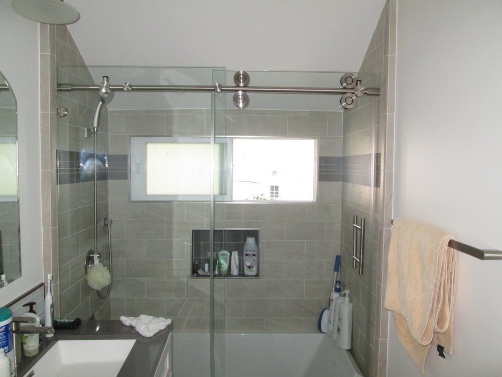 Hydroslide-Shower-3.jpg