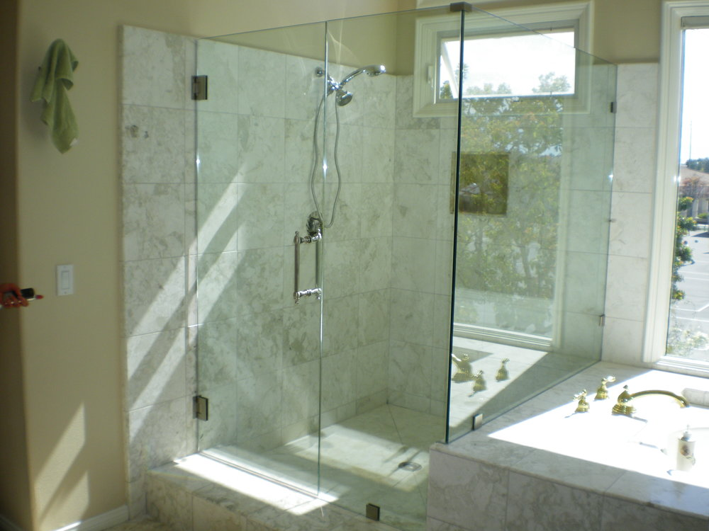 Shower-Doors-Residential-Photos-4.jpg