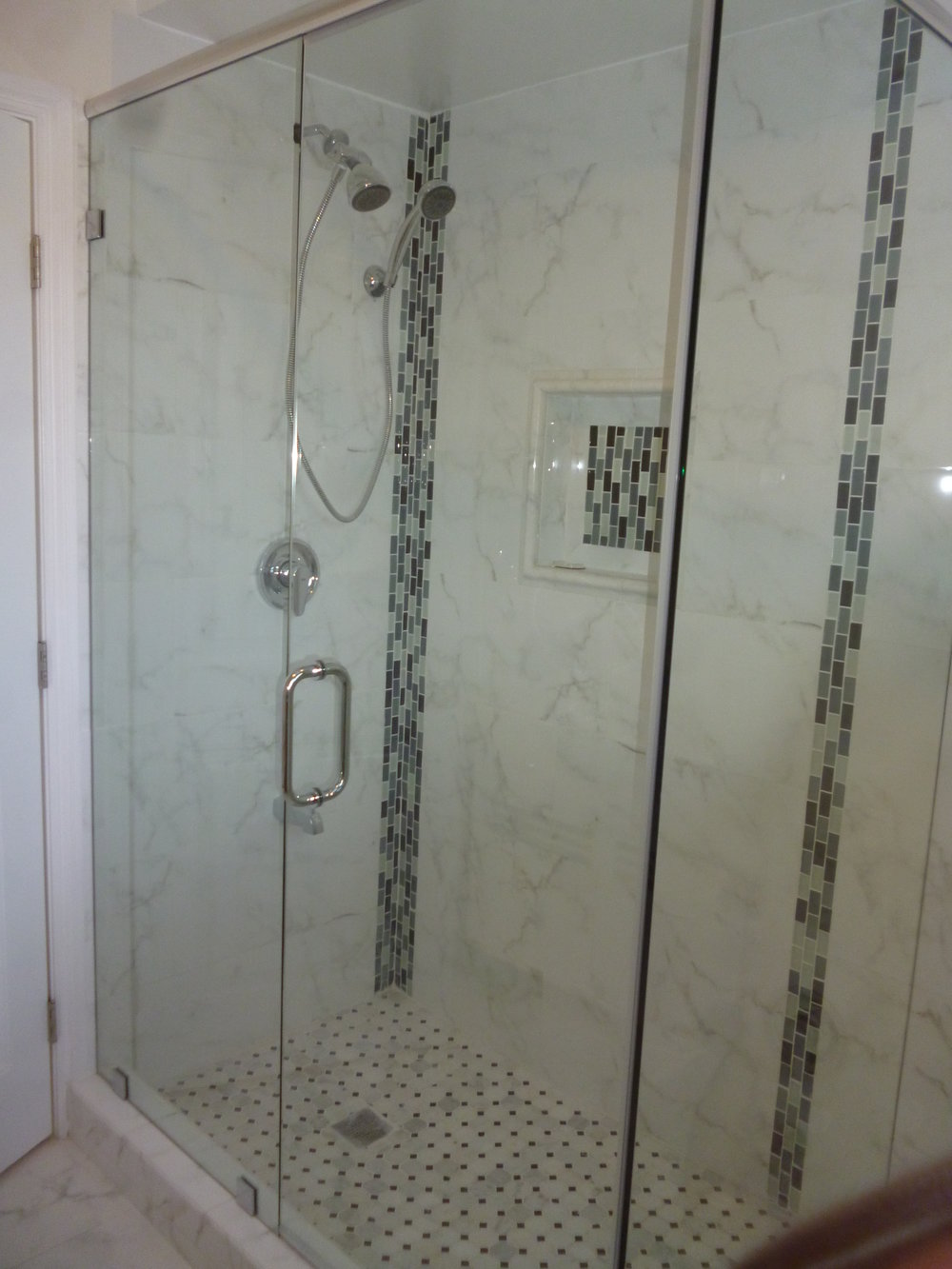 Shower-Doors-Residential-Photos-10.jpg