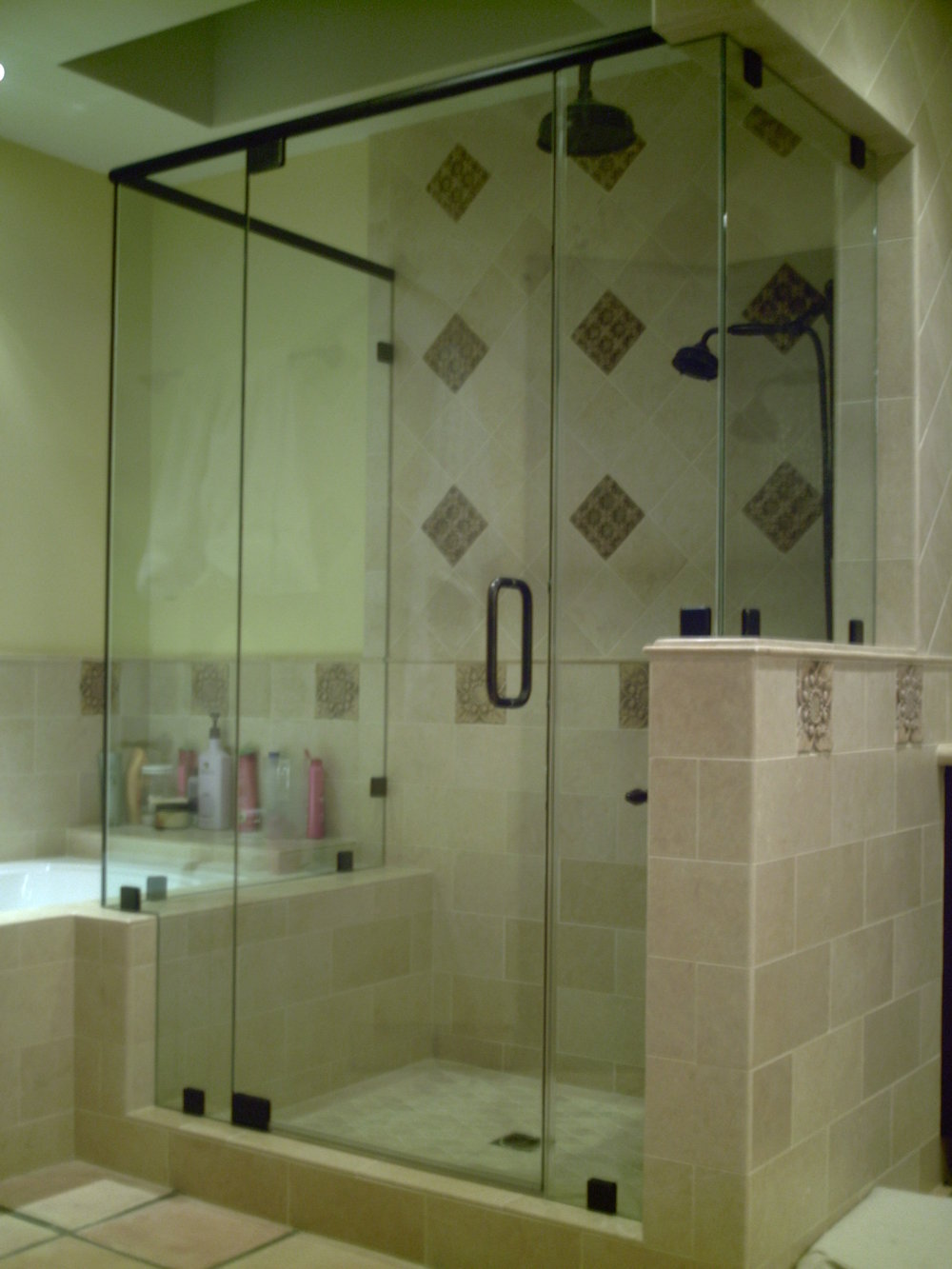 Shower-Doors-Residential-Photos-12.jpg