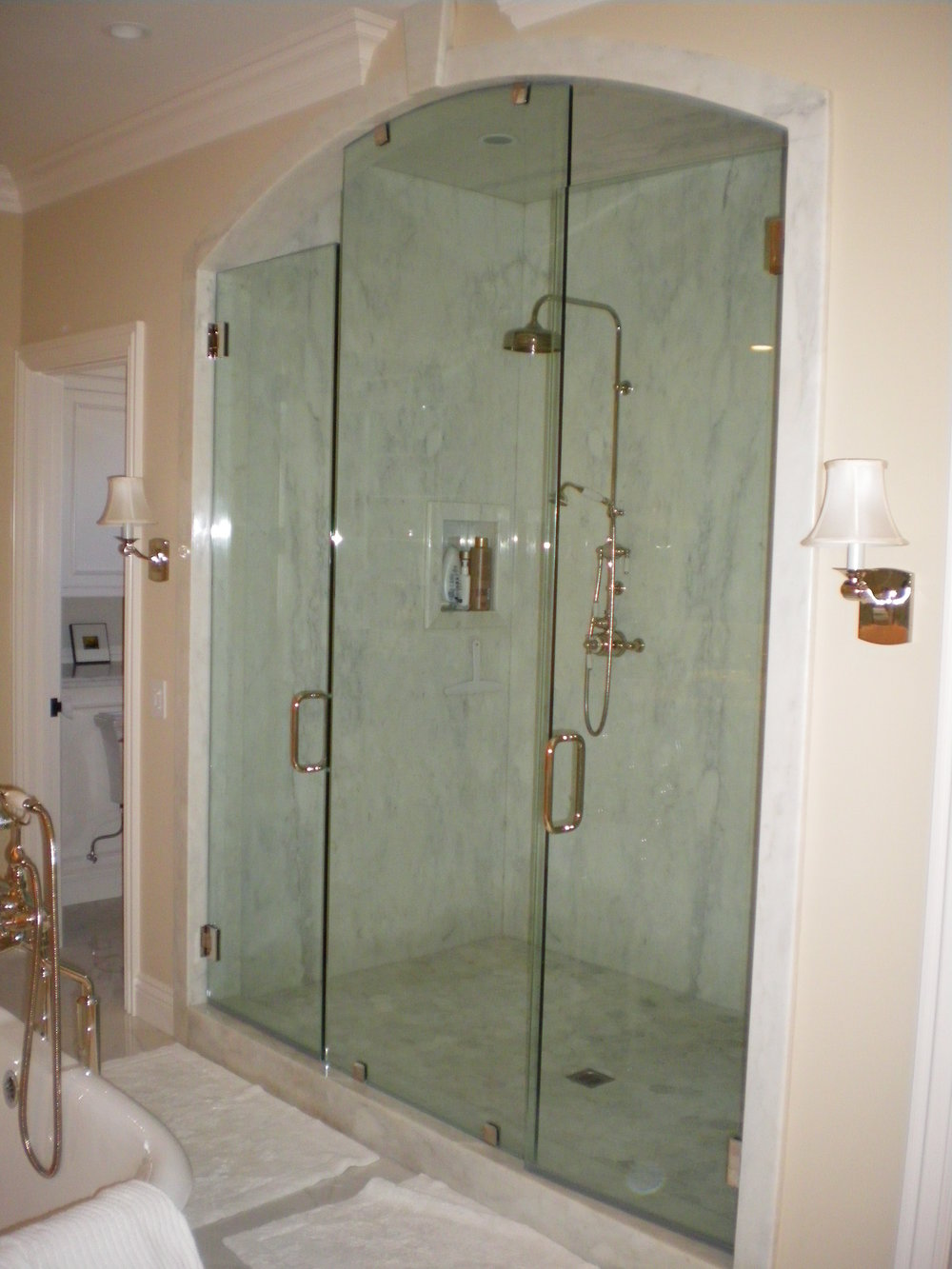 Shower-Doors-Residential-Photos-26.jpg