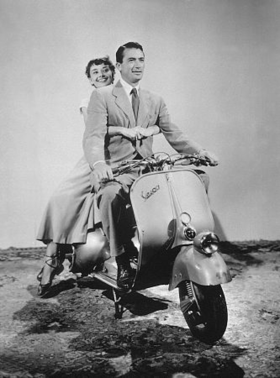 A brief moment when Ann (Hepburn) and Joe (Peck) use this scooter to explore around the city. It must be nice to roam, well… Rome! (Photo taken from IMDB)