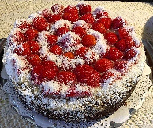 HarvestBistroCafe_cake2.jpeg