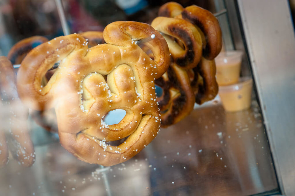 Mickey-Soft-Pretzel.jpg