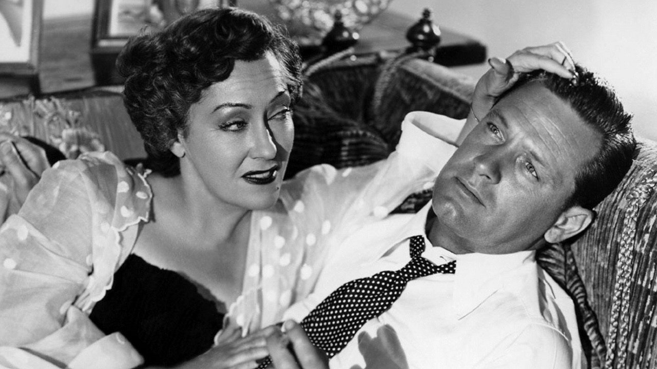 Norma and Joe Gillis (William Holden). Their relationship is certainly strained, but they feed off each other to get what they want.  (Photo taken from IMDB)