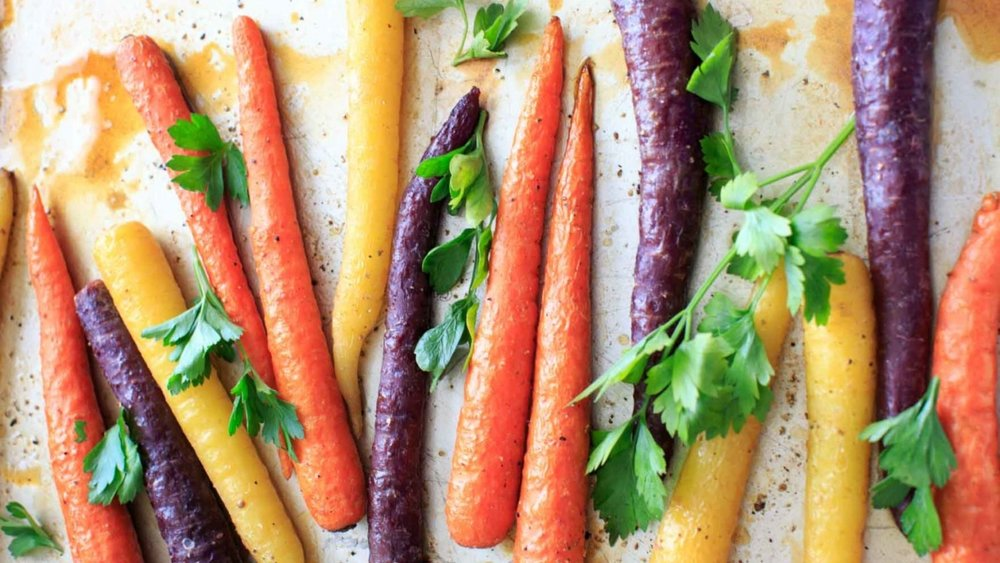 Maple Roasted Carrots - by Kelly at trialandeater.com