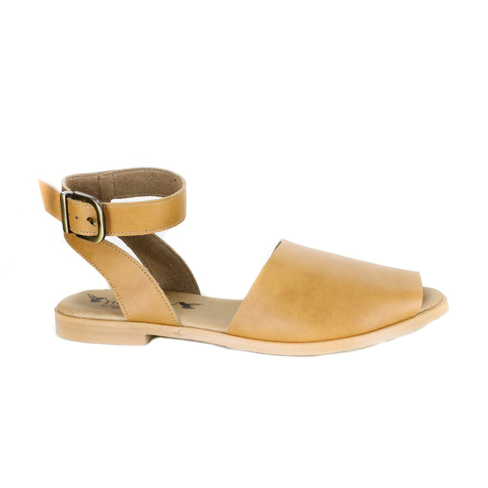tan sandals.jpg