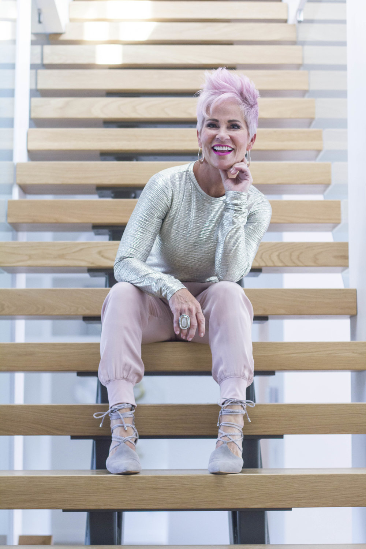 Chic Over 50_Shauna Robertson