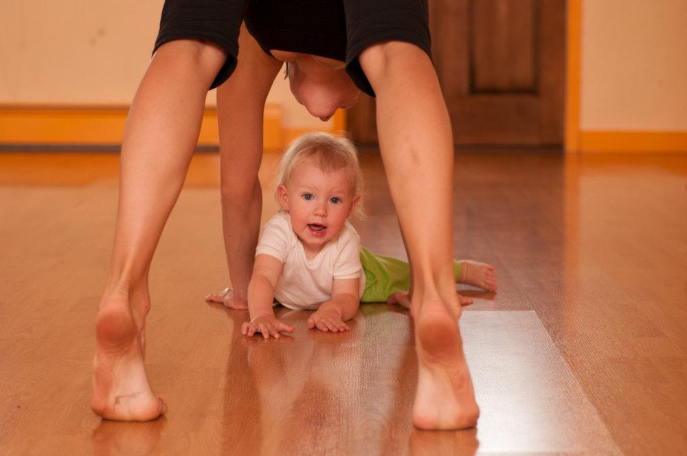 Baby yoga!!!.jpg