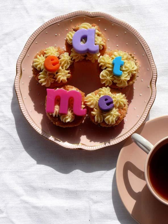 eat me cakes.jpg