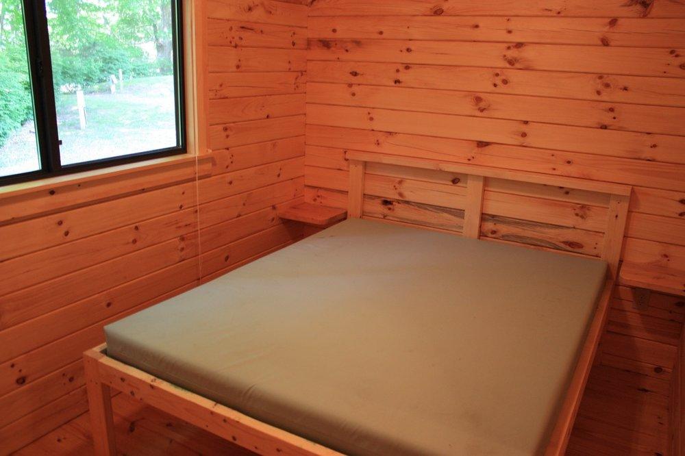 Camp Cottage bed